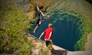 The Largest Underwater Cave in Texas Has Been Known to Swallow People